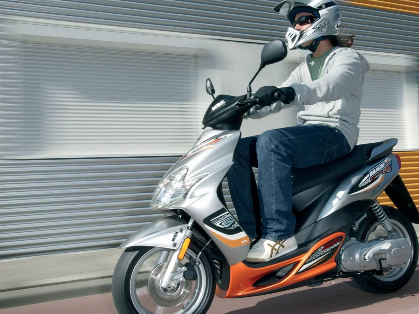 permis Am scooter BSR référence conduite à Angers